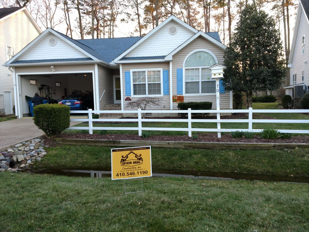 Ocean Pines, MD - Spicer Bros Construction removed one layer of shingles in Ocean Pines, MD and installed new GAF Timberline HD shingles Biscayne Blue in color.