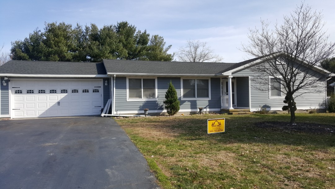 Ellendale, DE - Spicer Bros. Construction removed one layer of shingles from the roof deck and installed new GAF Timberline HD Shingles, Charcoal is the color. House is located in Milford, DE.