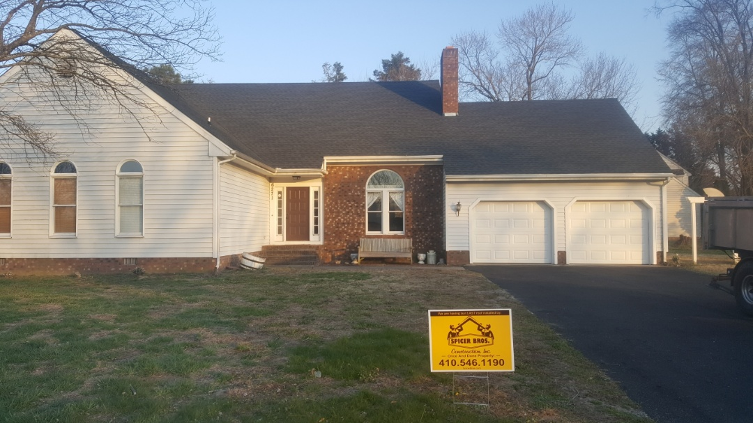 Salisbury, MD - Spicer Bros Construction removed one layer of shingles from the roof deck and installed new GAF Timberline HD Shingles, Charcoal is the color. House is located in Salisbury, MD.