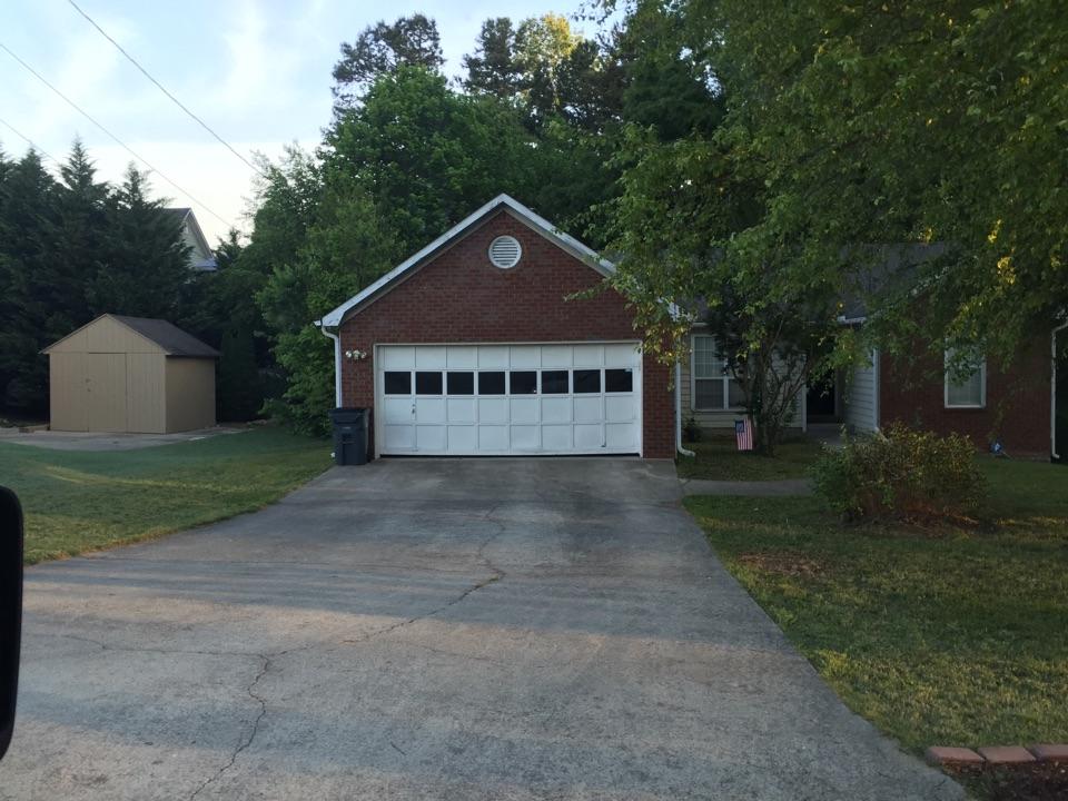 Garage door estimate. Giving estimate for 16x7 insulated garage door.