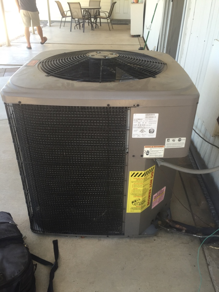 Wildomar, CA - Performed a no cooling service call on a 2008 Coleman split system. Found condenser coil leaking refrigerant, client is replacing air conditioner as needed.
