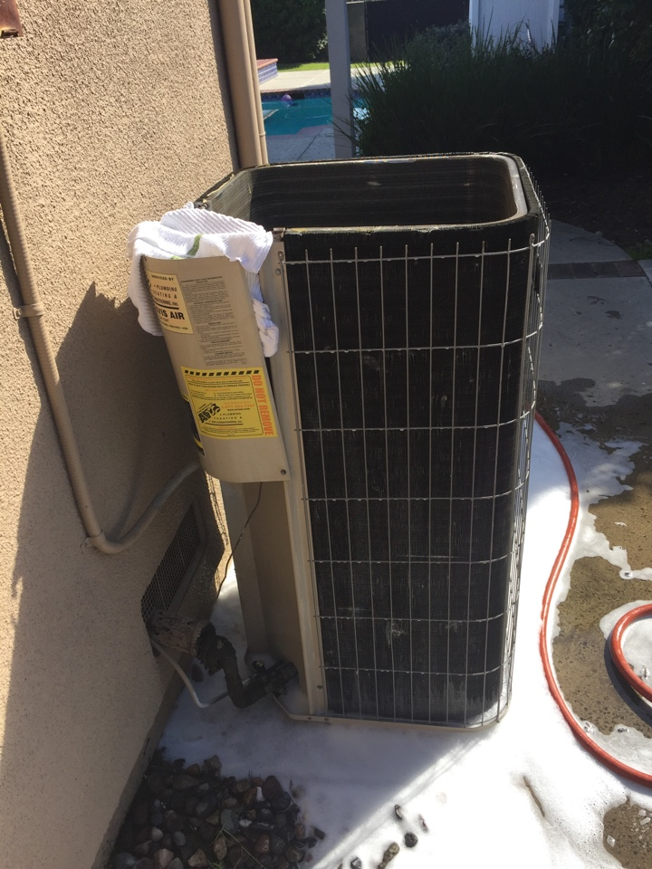 Montclair, CA - Performed prepaid air-conditioning maintenance for a gold club member on a 2004 Lennox split system.