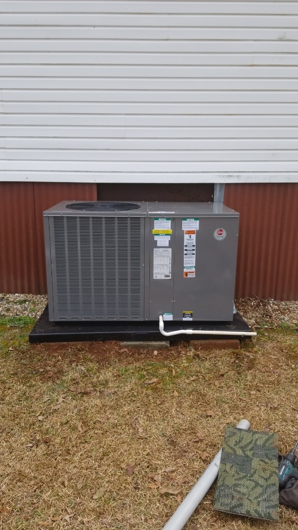 Salem, AL - Installed 4 ton Rheem heat pump package unit in Salem Alabama