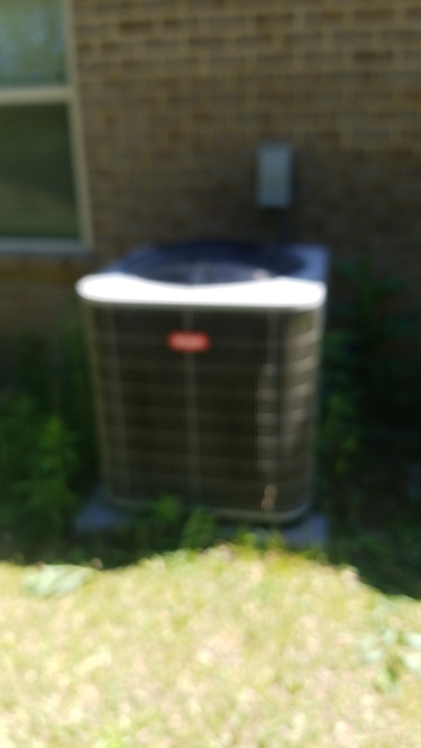 Salem, AL - Changing out a fan motor on a Bryant heat pump system in Salem Alabama