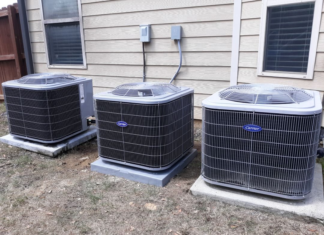 Fort Mitchell, AL - New energy efficient Carrier heat pump system installed for the Henry family in Fort Mitchell, AL. Thank you for supporting Express Heating and Air Conditioning.