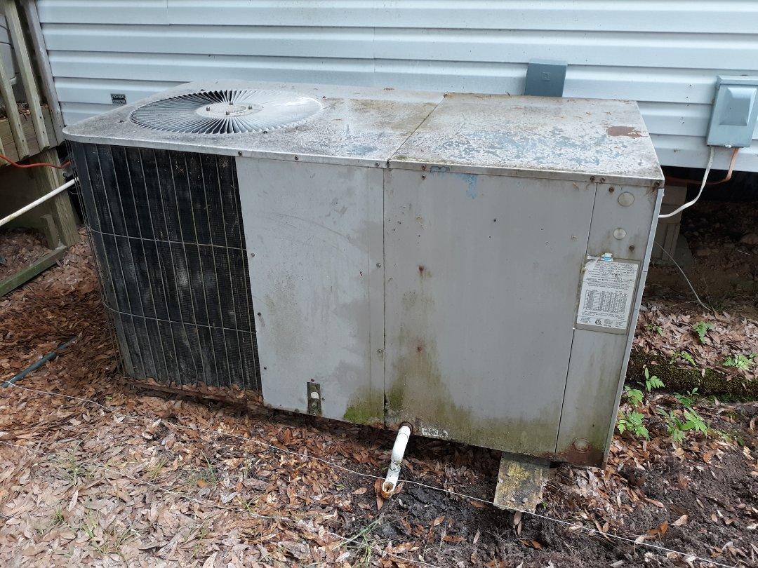 Seale, AL - Sales estimate to replace customers broken air conditioner in Seale, AL.