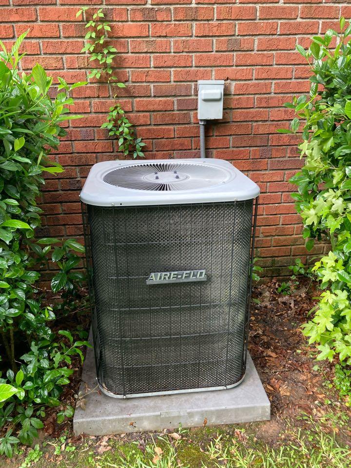 Servicing a Airflow Air conditioner! Columbus Georgia