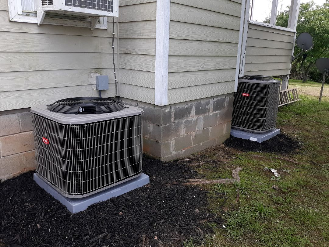 Two new heat pump systems installed for the Hall family in Pine Mountain, GA. Thank you for trusting the team at Express Heating and Air Conditioning!!