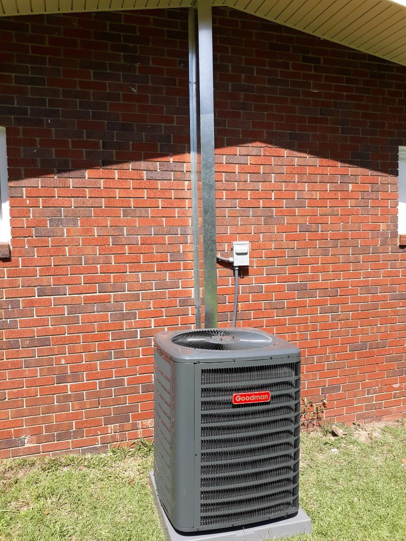 New energy efficient heat pump system installed for the Elzey family in Phenix City, AL. Thank you for trusting the team at Express Heating and Air Conditioning for all your home comfort needs!!