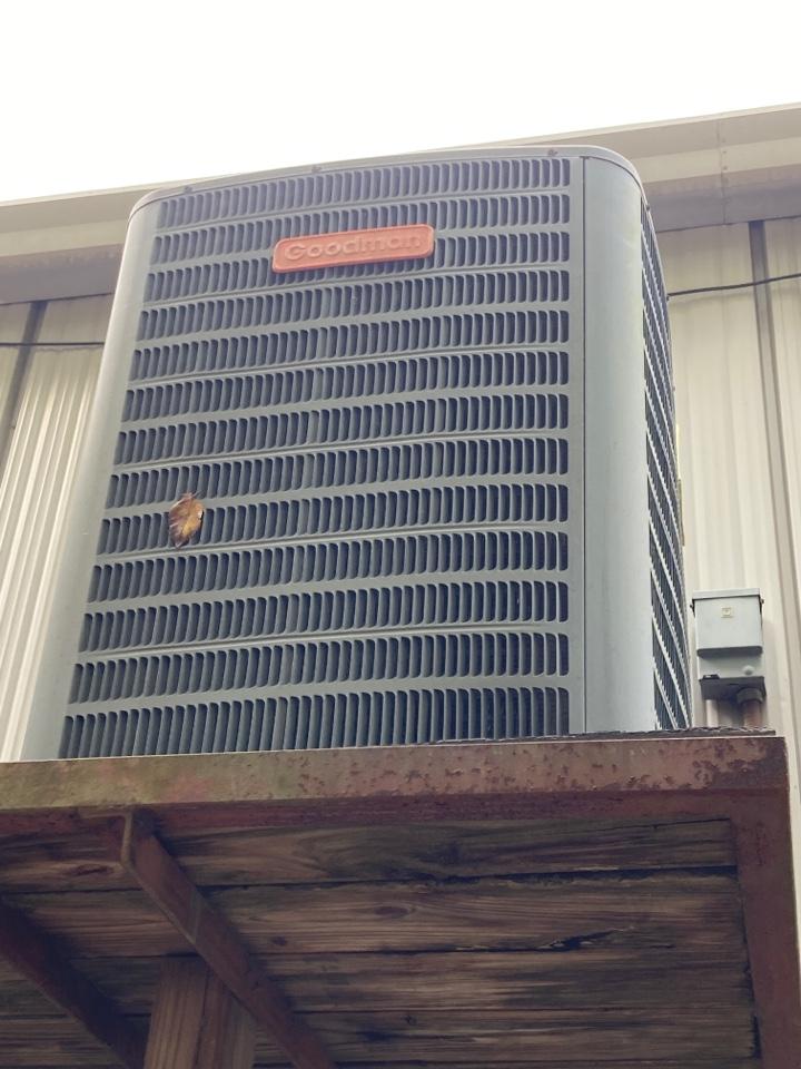 Working on a Goodman heat pump in Phenix City!