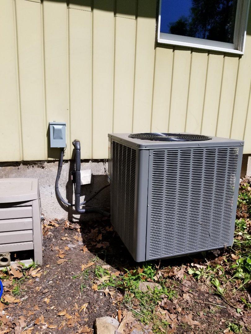 Air conditioning leak repair