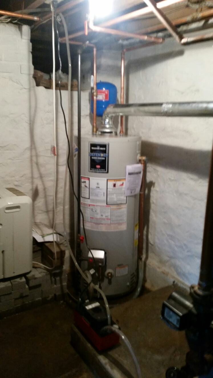 Pen Argyl, PA - Water heater replacement