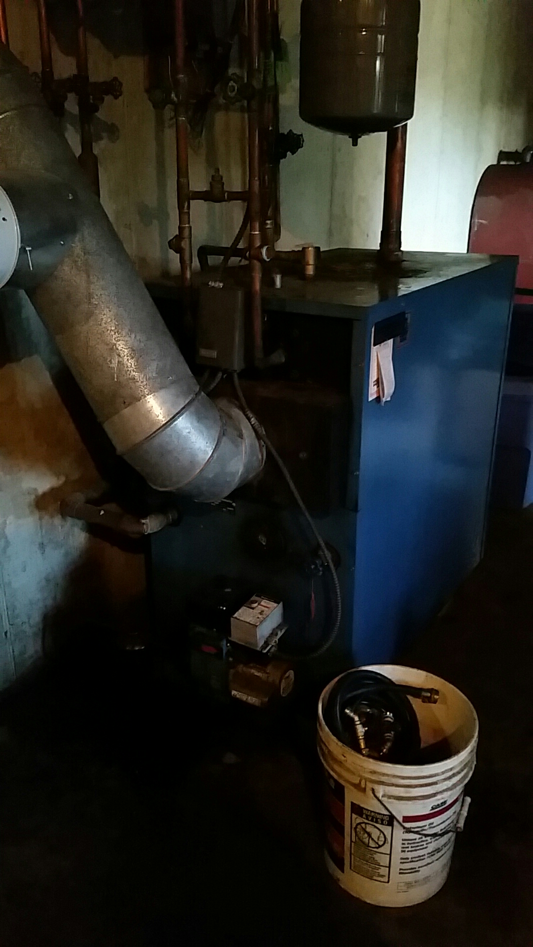 Schnecksville, PA - Acid flushing hot water coil