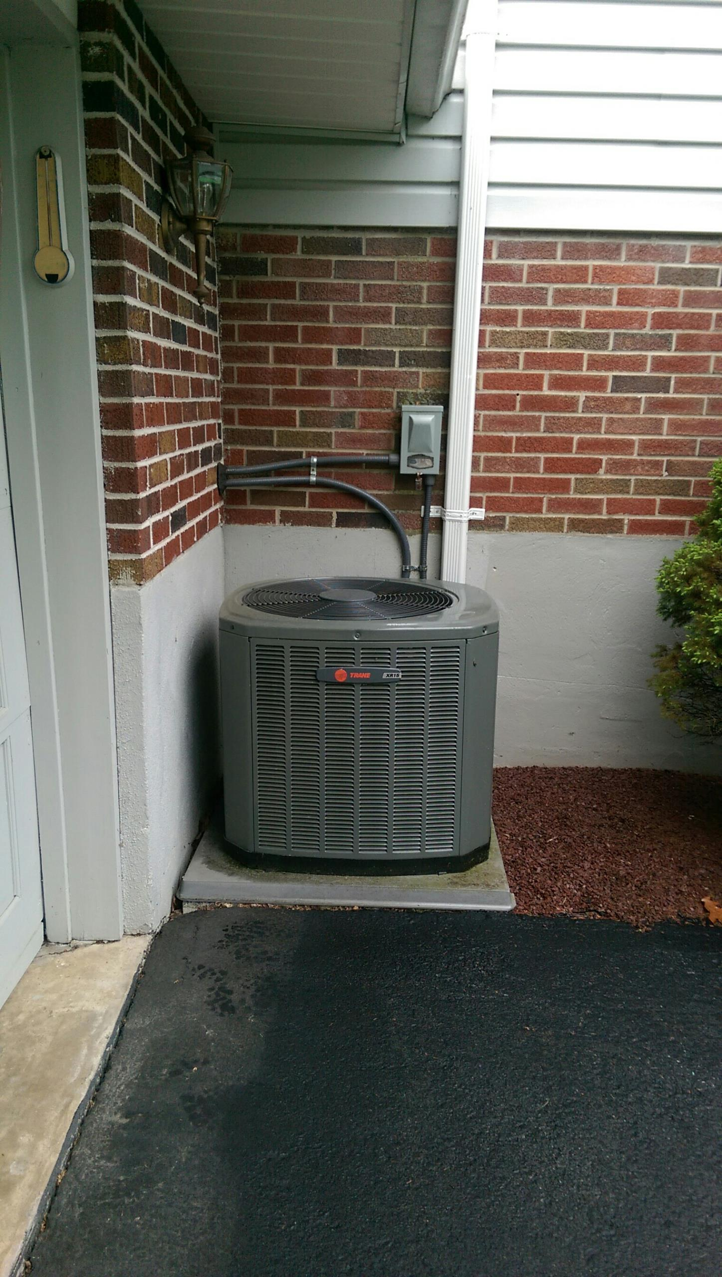 Northampton, PA - Air conditioning check up on a Trane XR15