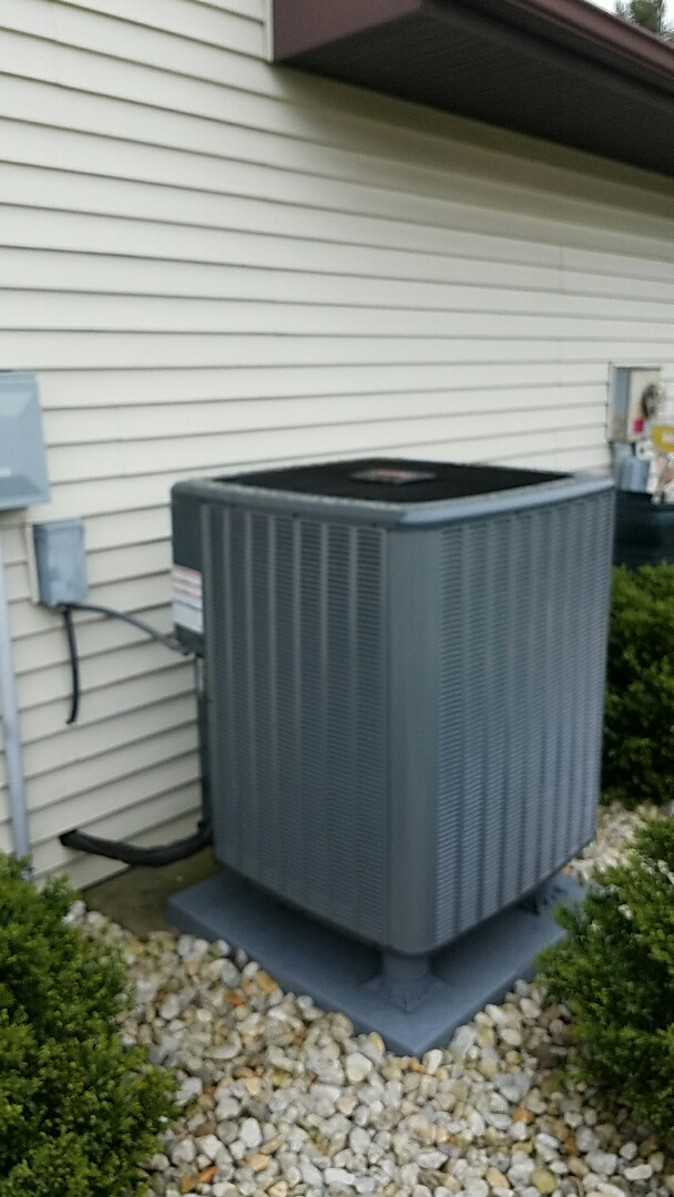 Slatington, PA - Replacing Rheem heat pump system with new Amana heat pump