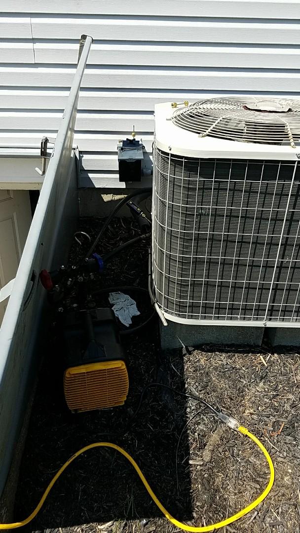 Easton, PA - Repair to Payne heat pump