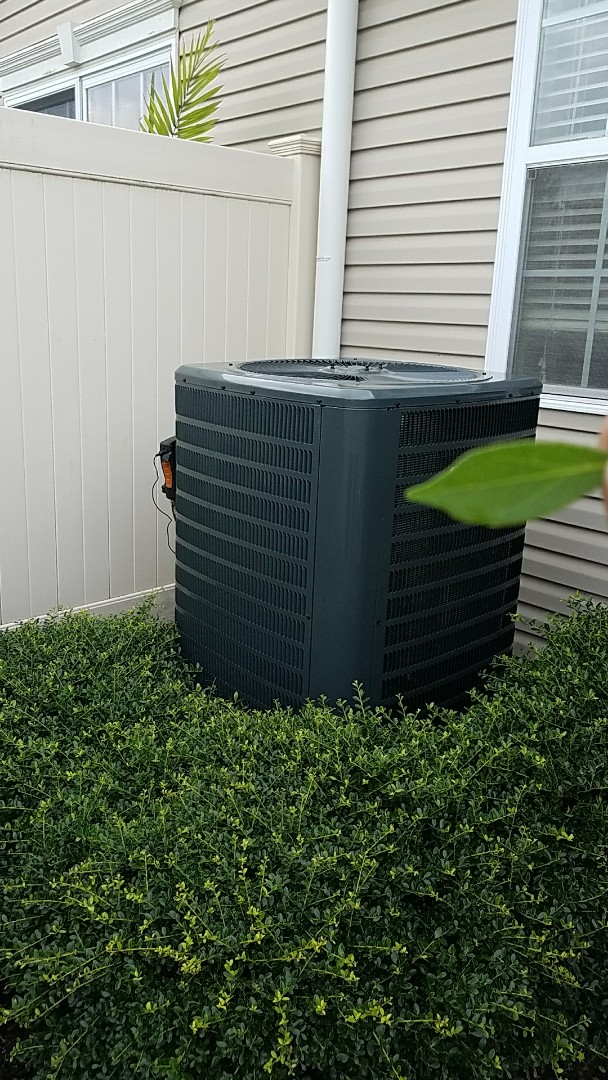 Easton, PA - Replacement of leaking R22 system with a new R410A system