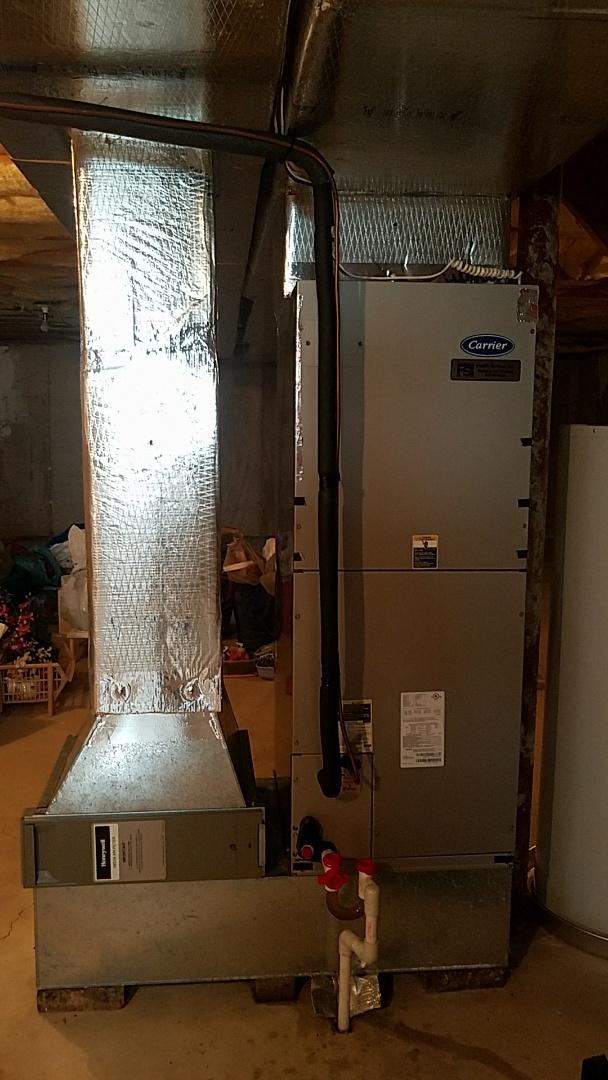 Pen Argyl, PA - Refrigerant leak repair on Carrier heat pump