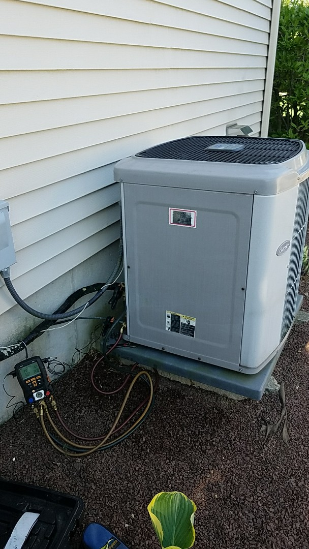 Stockertown, PA - Air conditioning tune up on Carrier system