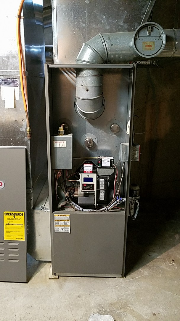 Easton, PA - Tune up on Lennox oil furnace