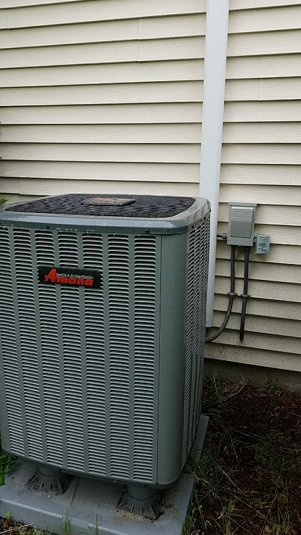 Nazareth, PA - Surge protector installation on air conditioning system