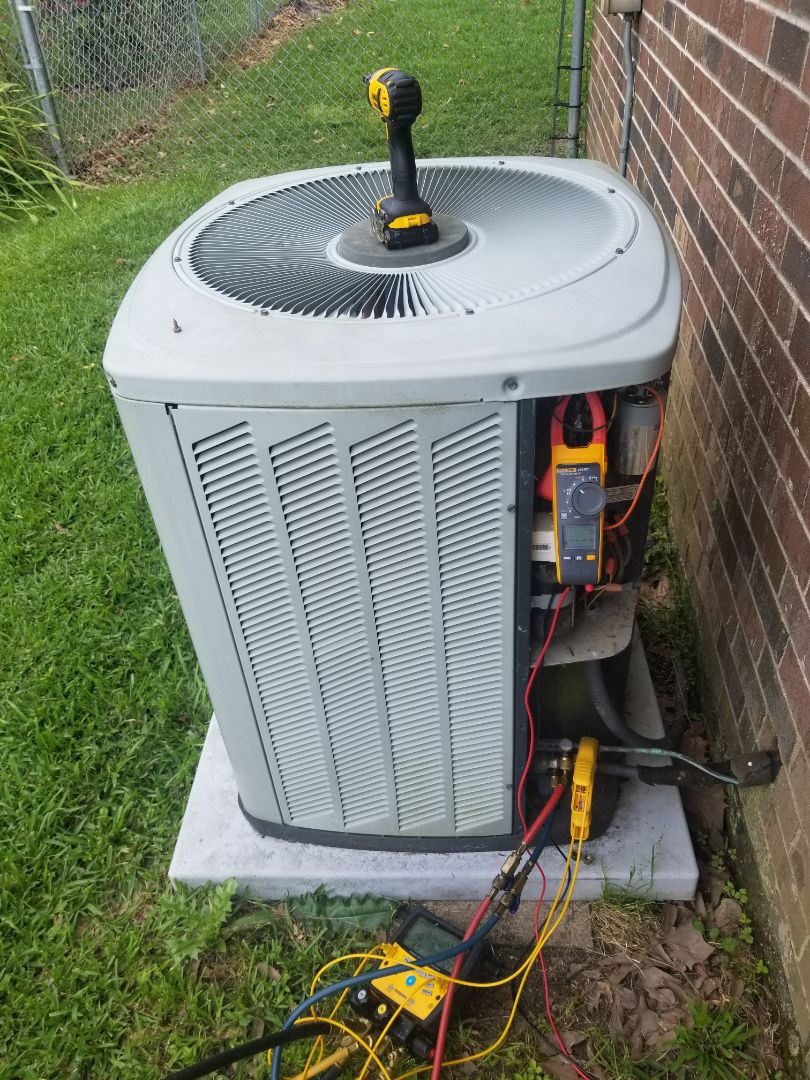 Baton Rouge, LA - PERFORMED AC TUNE UP ON 2009 410A TRANE ELECTRIC SYSTEM IN THE BATON ROUGE AREA