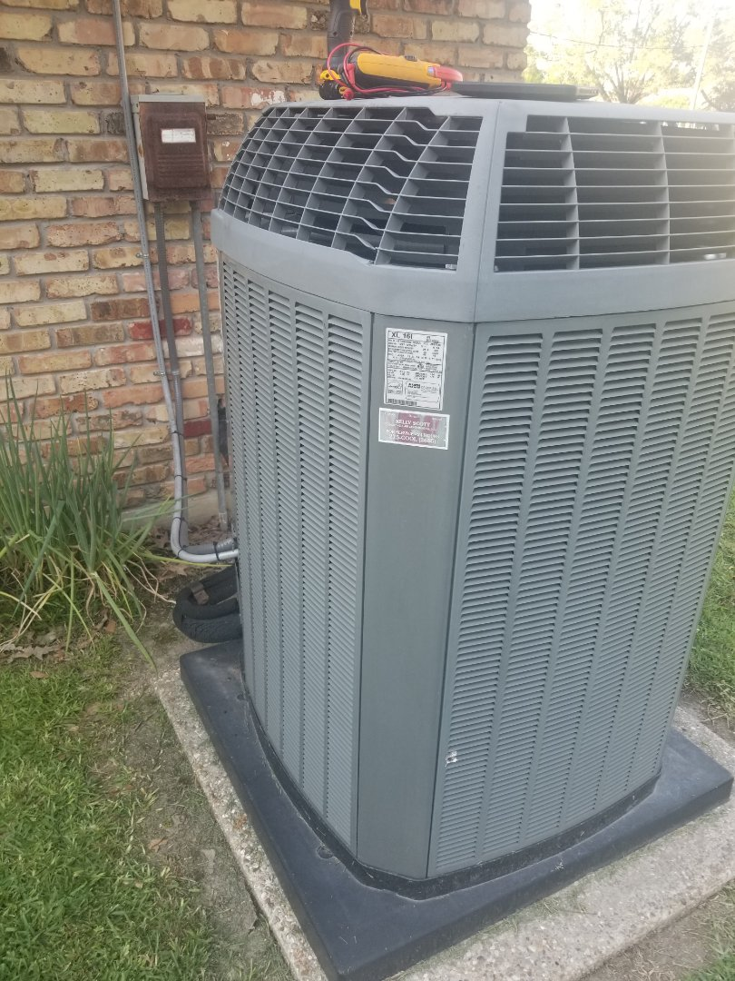 Oscar, LA - PERFORMED AC TUNE ON 2012 TRANE SYSTEM  IN THE ZACHARY AREA