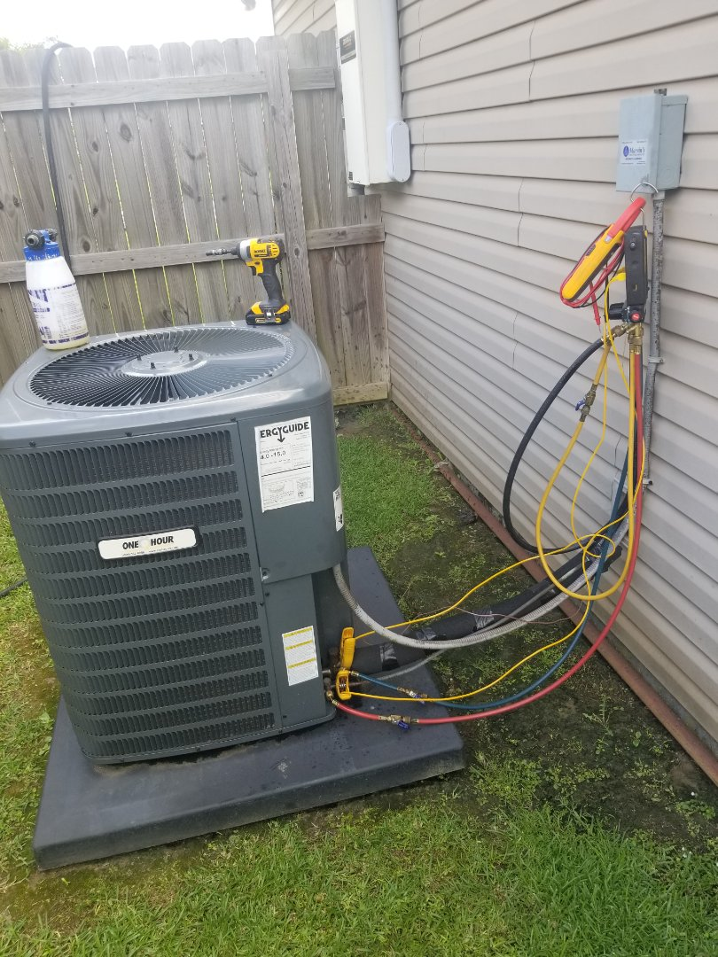 Zachary, LA - PERFORMED AC TUNE ON 2018  GOODMAN 410A SYSTEM IN THE ZACHARY AREA