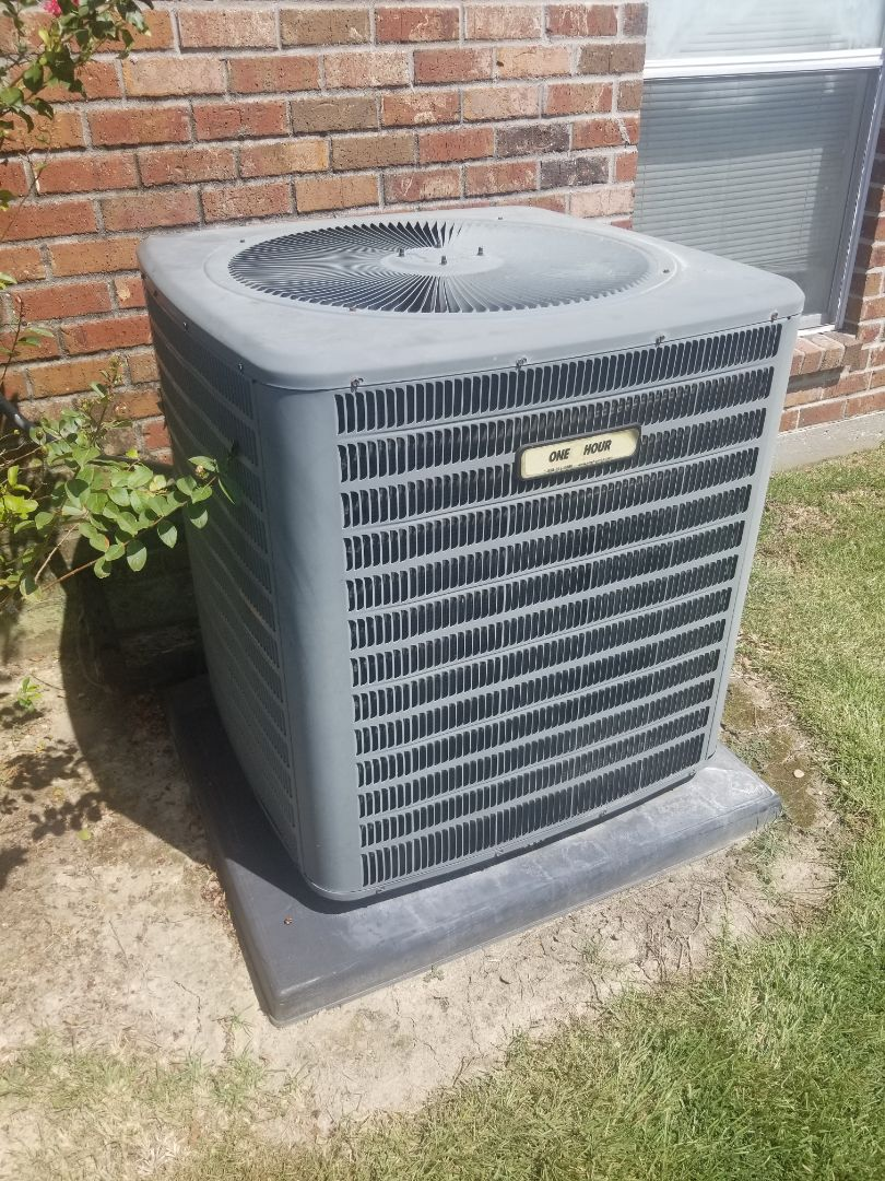 Denham Springs, LA - PERFORMED A/C MAINTENANCE ON 2012 GOODMAN SYSTEM IN THE DENHAM SPRINGS AREA