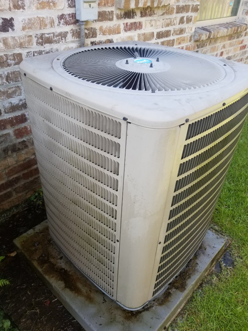 PERFORMED A/C MAINTENANCE ON 2014 GOODMAN SYSTEM IN THE CENTRAL AREA