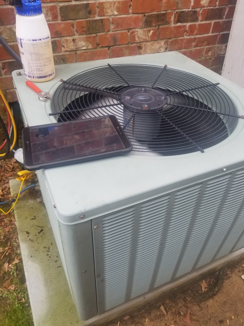 Baton Rouge, LA - PERFORMED A/C MAINTENANCE ON 2009 RHEEM SYSTEM IN THE BATON ROUGE AREA