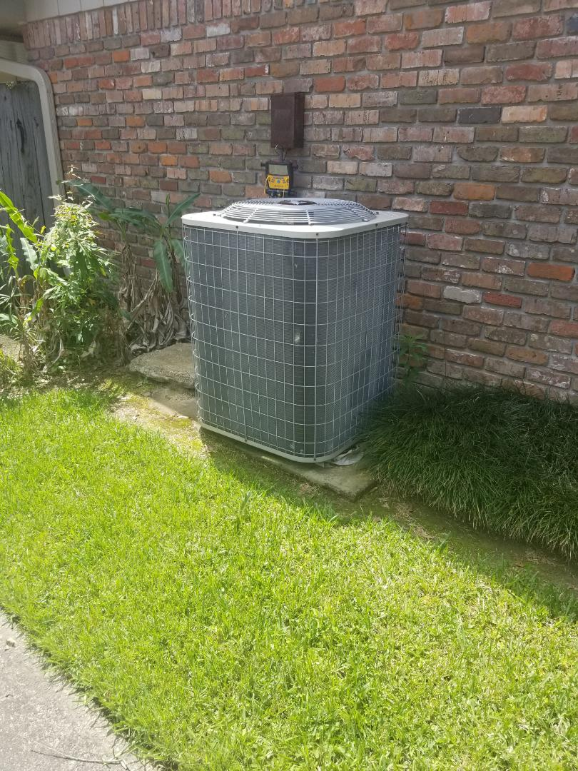 Baton Rouge, LA - PERFORMED A/C MAINTENANCE ON 2008 R-22 ZONED SYSTEM IN THE BATON ROUGE AREA