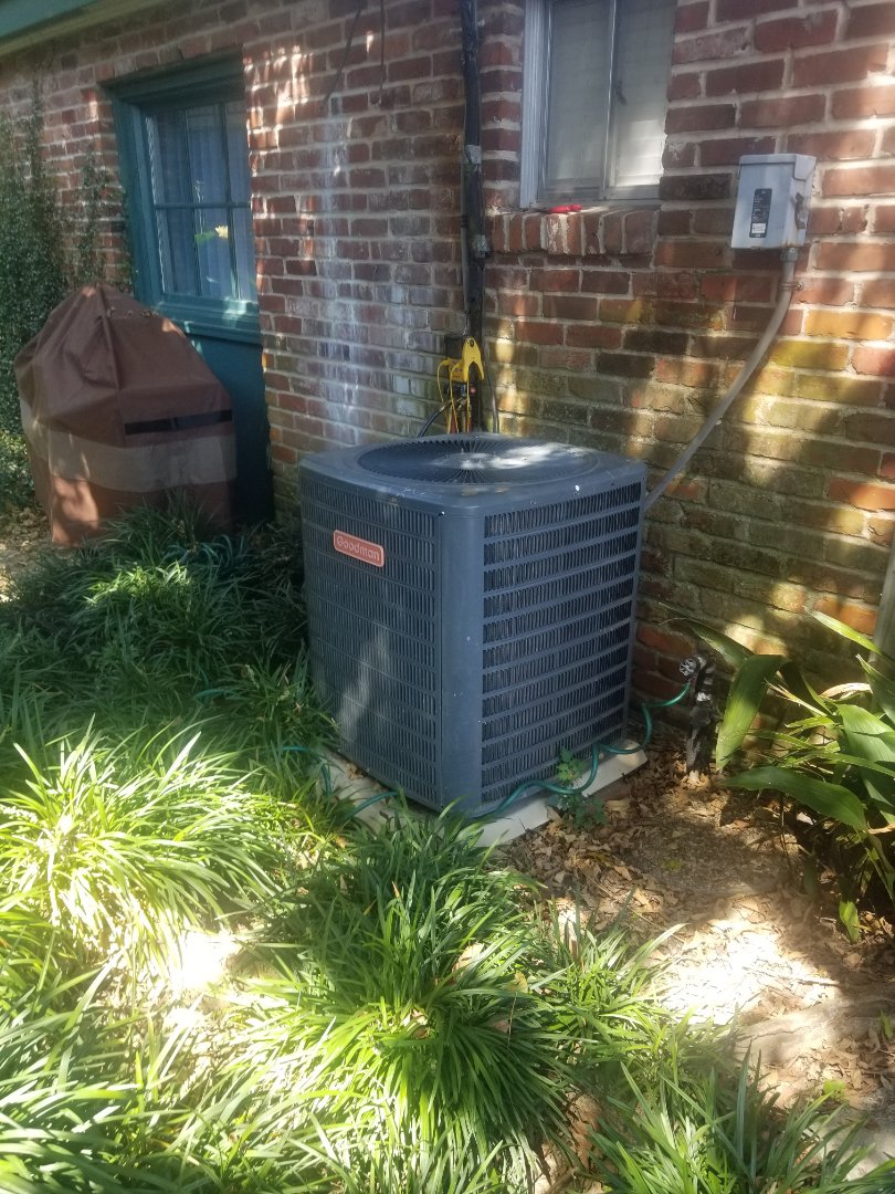 Baton Rouge, LA - PERFORMED A/C  MAINTENANCE ON 2006 R-22 GOODMAN SYSTEM IN THE BATON ROUGE AREA