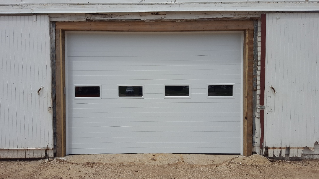 Real time service area for doors unlimited for Friendly garage door colorado springs