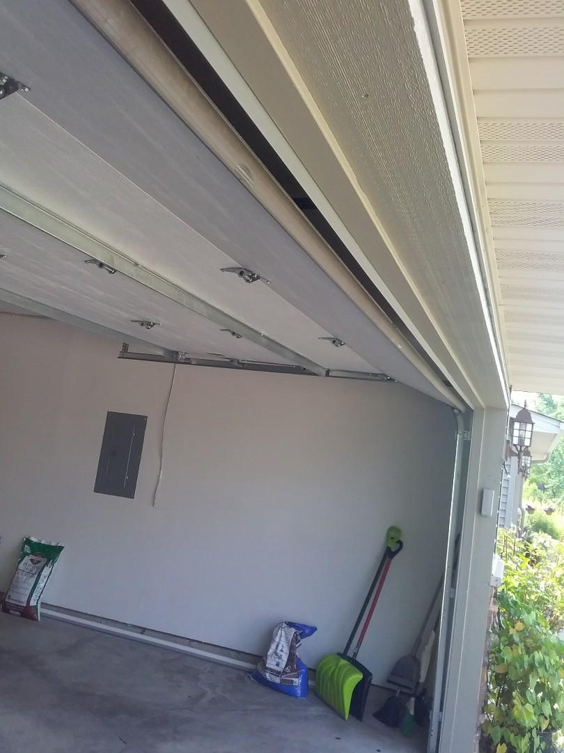 Elko New Market, MN - Garage door service, tune-up  garage door