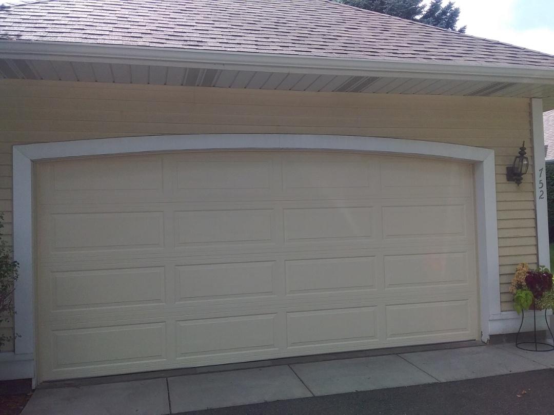New 15�7 garage door install