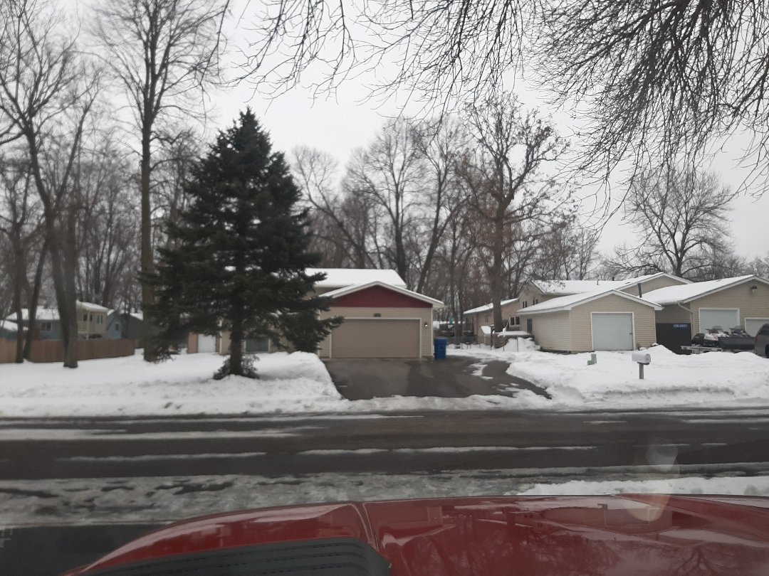 Centerville, MN - Jeremy installed new garage door