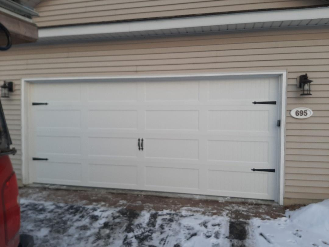 Lakeland, MN - Jeremy installed new garage door