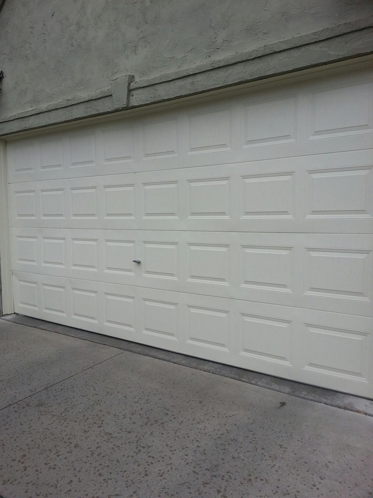 Mahtomedi, MN - Jason gave tuneup on garage door