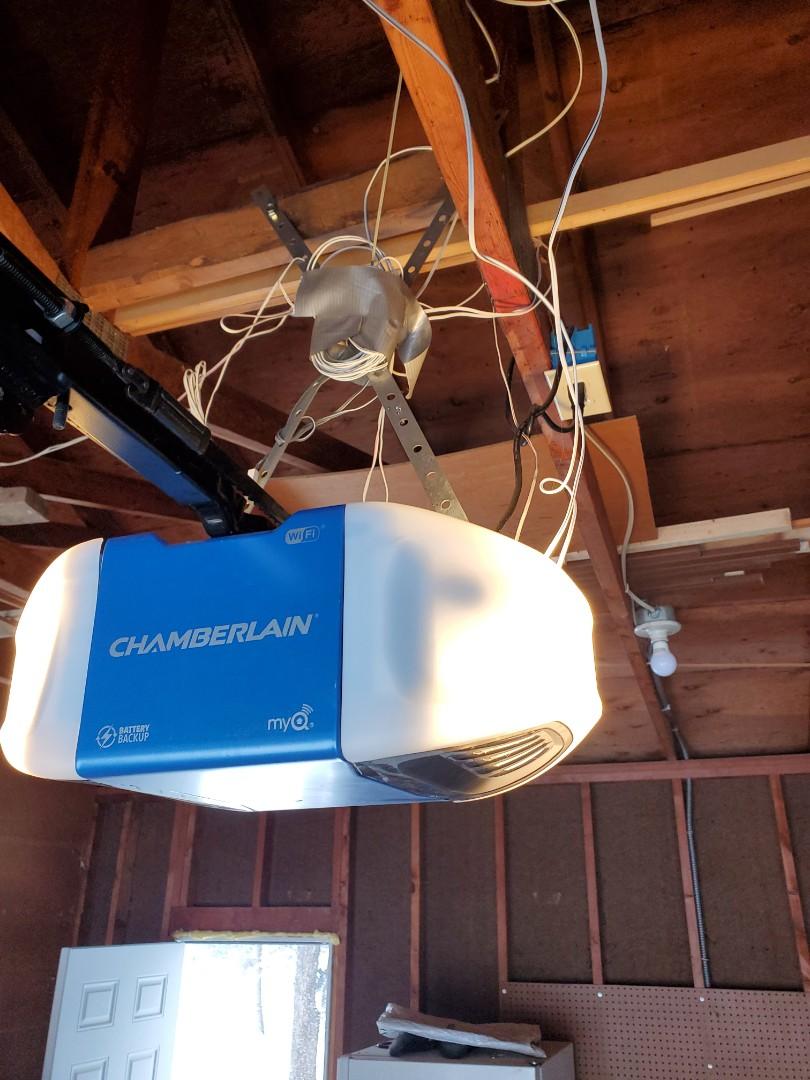 Circle Pines, MN - Garage Door Service garage door repair remote issues Diagnostics remote Replacements Circle Pines Minnesota