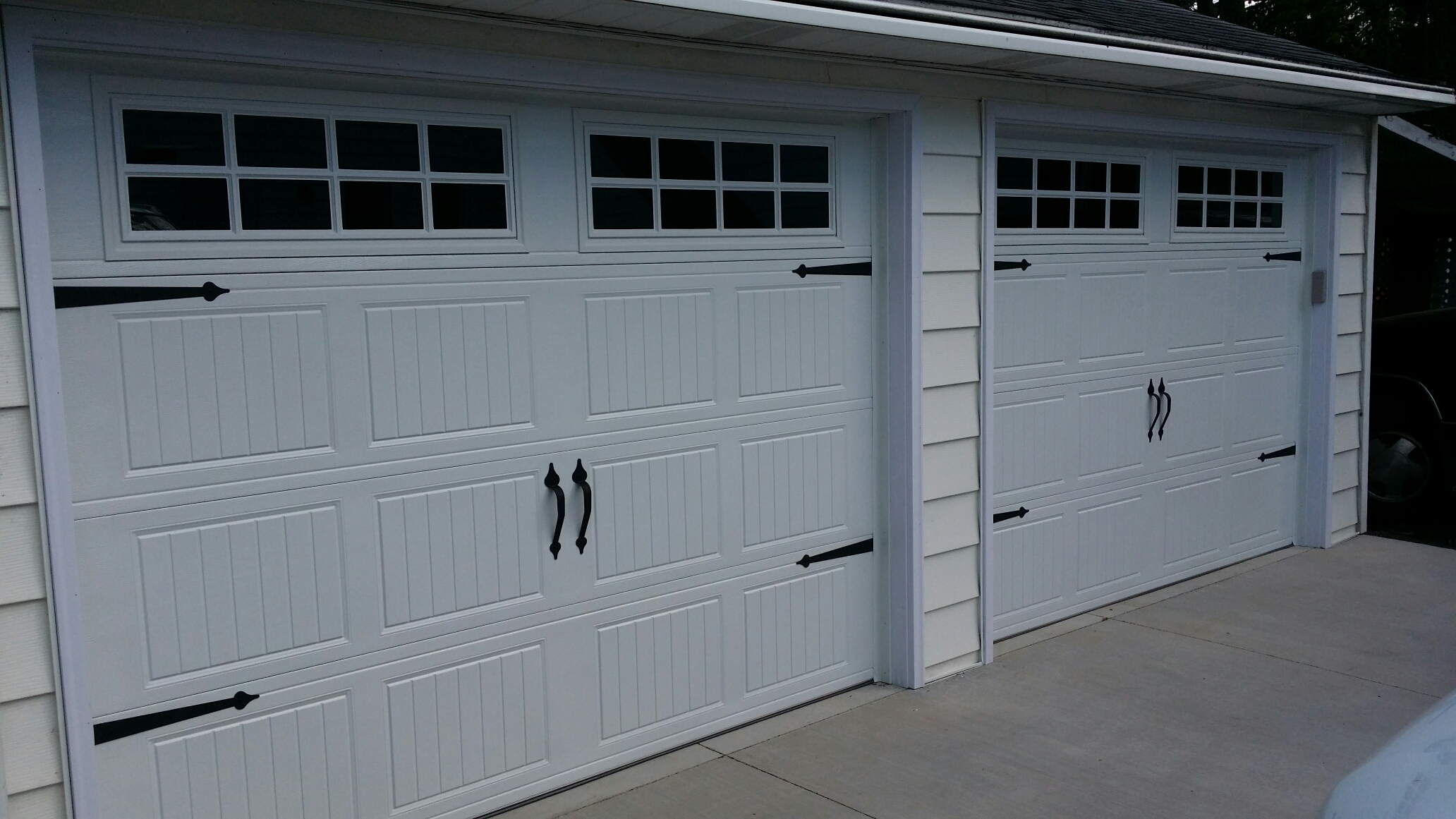 Lauderdale, MN - Jon installed Deco Hardware on 2 North Central RP25 9X6'6 garage doors that were just installed On 4/30/2015