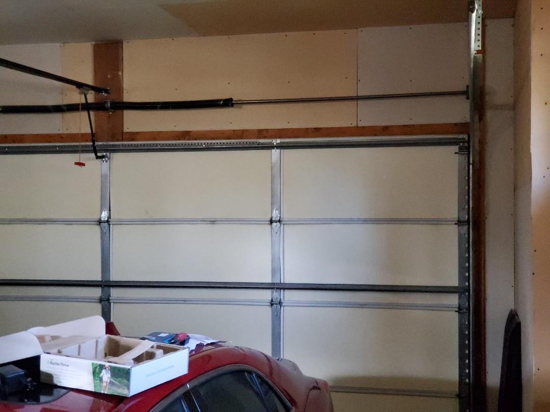 Burnsville, MN - Garage door repair garage door tune up Burnsville Minnesota