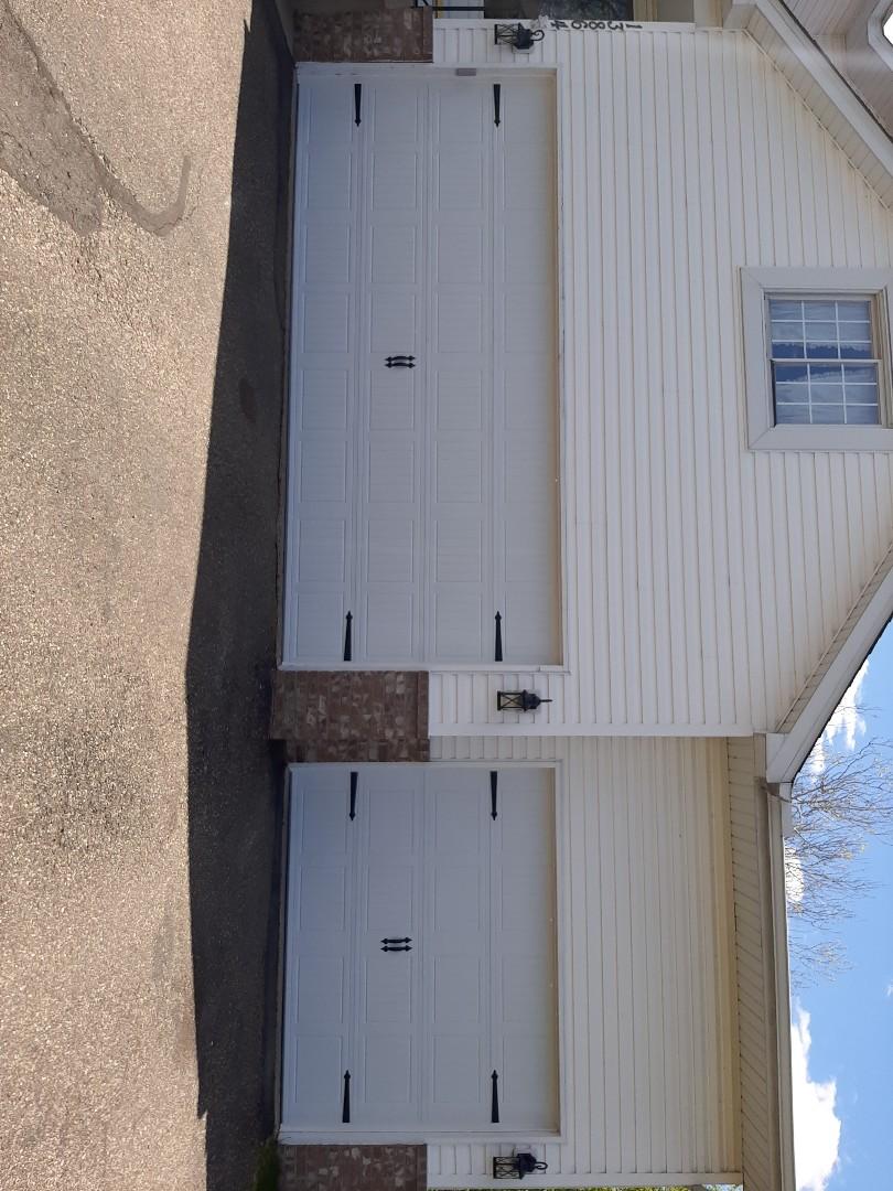 Andover, MN - Jeremy installed new garage door
