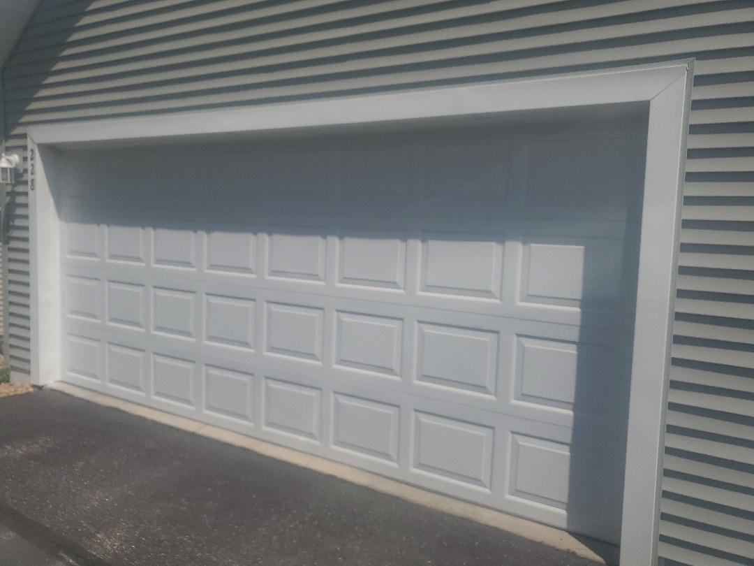 Champlin, MN - Garage door tune-up garage door repair Hopkins Minnesota