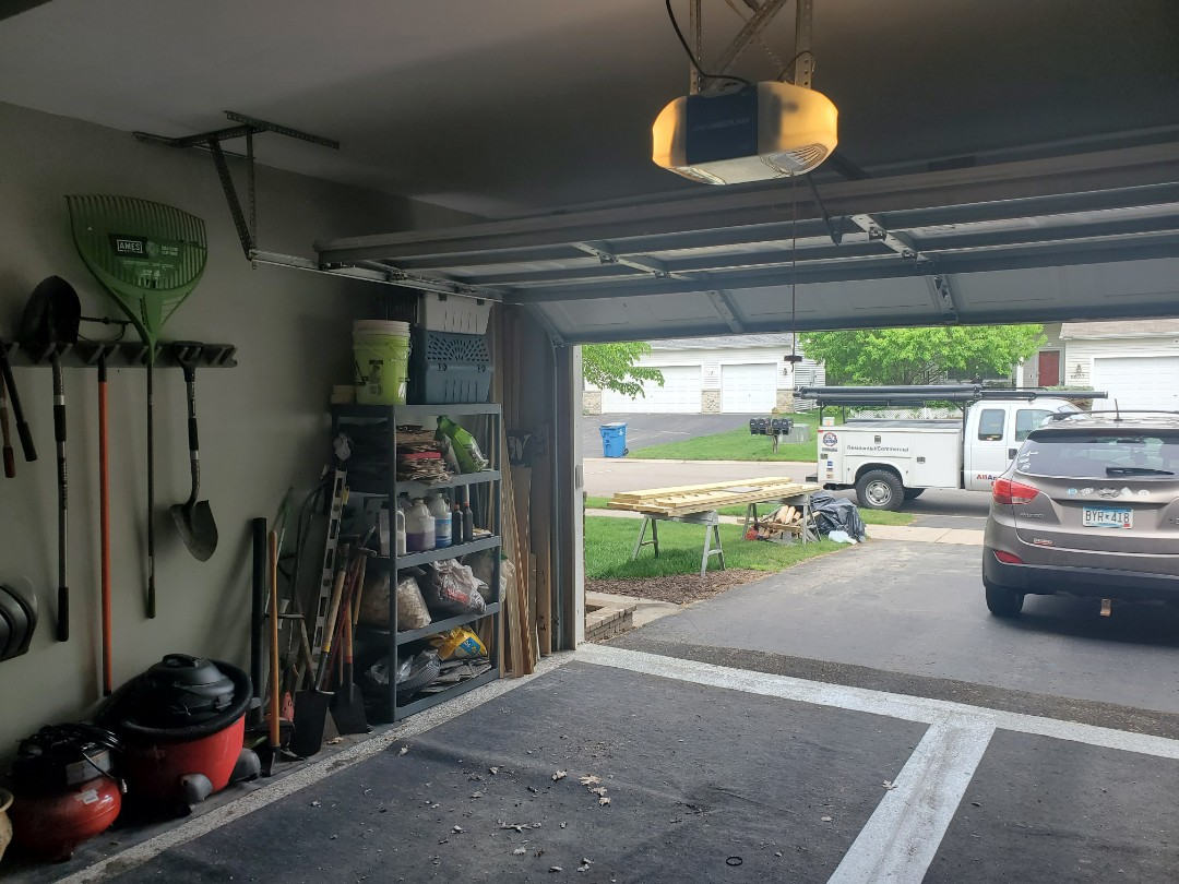 Rosemount, MN - Garage Door Service Garage Door Repair Garage Door tune-up Rosemount Minnesota