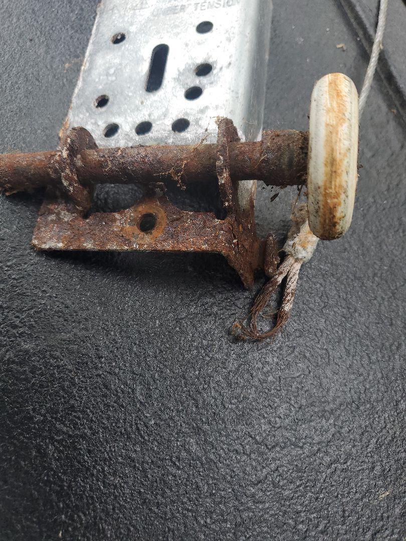 Rosemount, MN - Garage Door Service garage door repair broken cable replacement Rosemount Minnesota
