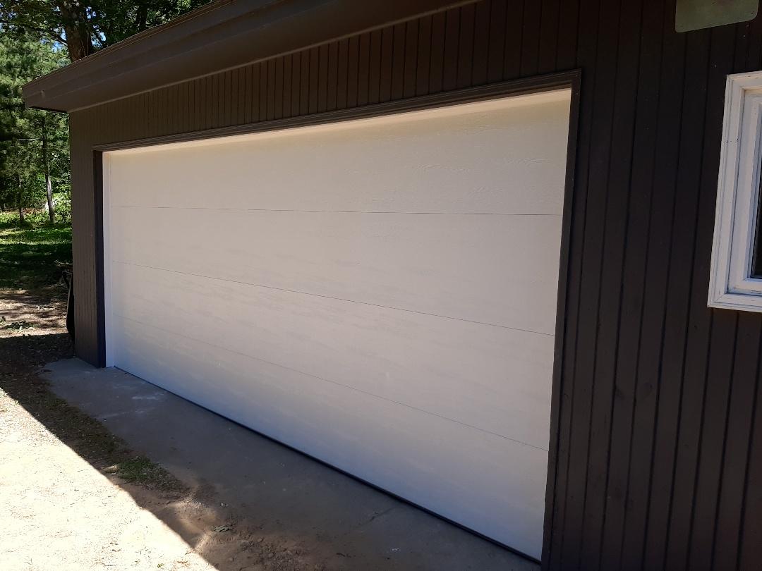 Circle Pines, MN - Jeremy installed new garage door