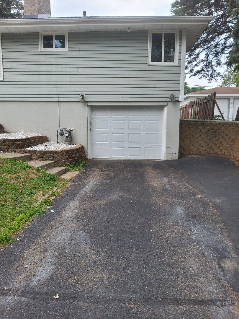 New Hope, MN - Garage door replacement