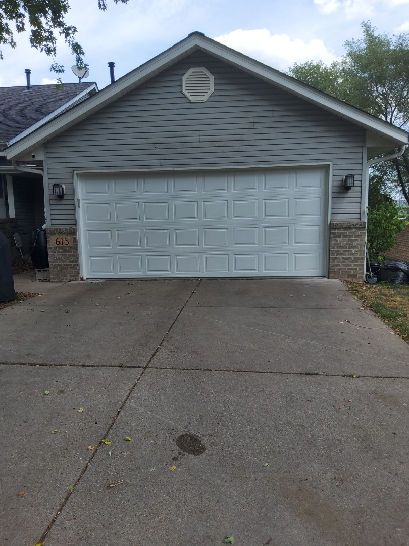 South Saint Paul, MN - Garage door replacement