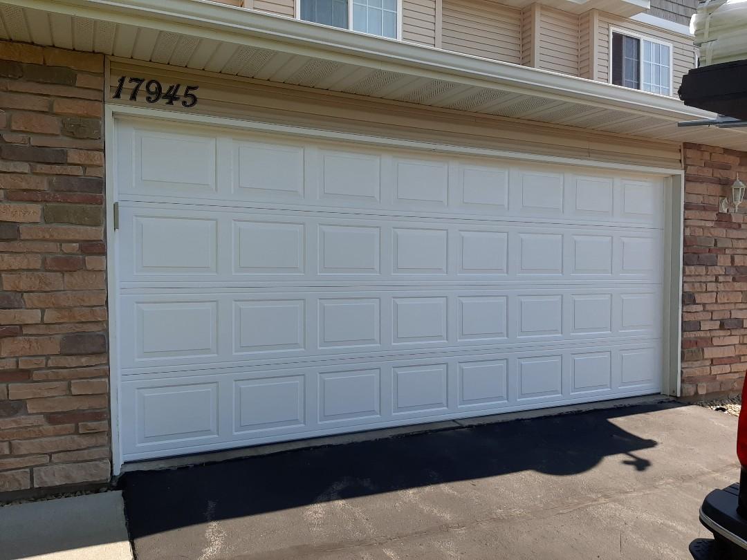 Elk River, MN - Jeremy installed new garage door